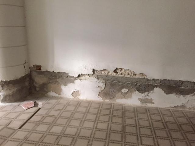 Umidità muri scrostati elettrosmosi